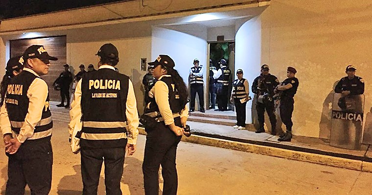Equipo de Fiscalía allana 12 viviendas en Lima y Callao — Caso Odebrecht