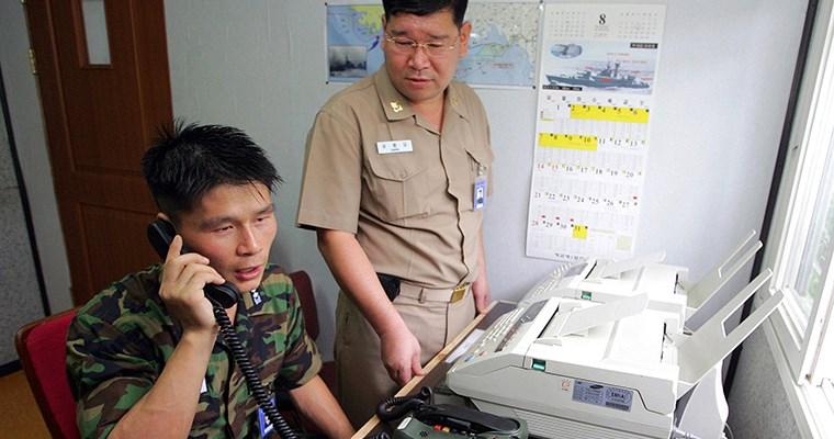 Corea del Norte reabre su línea telefónica con Seúl