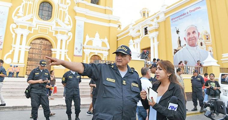 Terrorismo en 5 iglesias católicas ante llegada del Papa a Chile