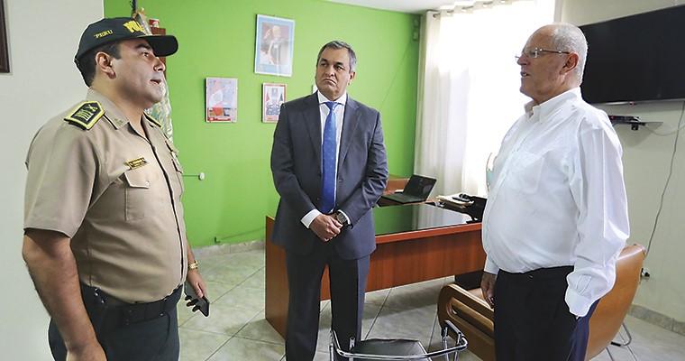 Caso Jimena: PPK supervisó comisaría de Canto Rey