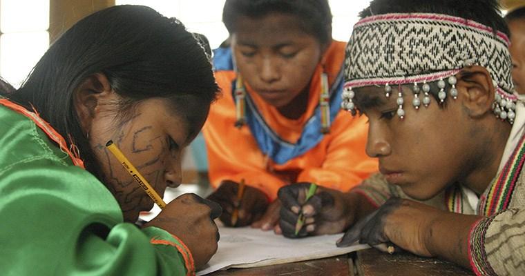 Resultado de imagen para educacion bilingue peru