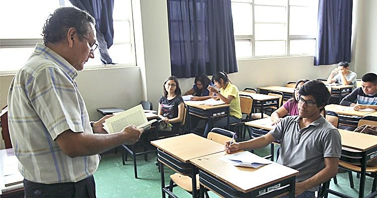 Minedu anuncia aumento salarial para docentes universitarios