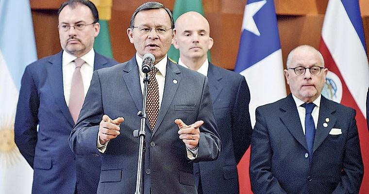 Arreaza acusa a Canciller chileno de cómplice de terroristas y magnicidas confesos