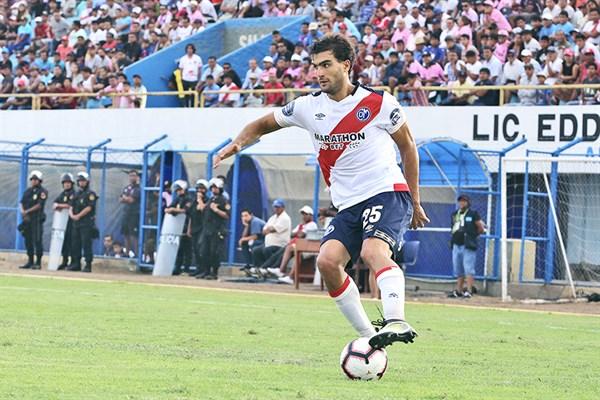 Colón superó sin problemas a Municipal de Perú - Somos Deporte