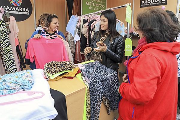 Gran expectativa en Gamarra Oulet de San Miguel - El Peruano