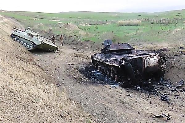 Armenia y Azerbaiyán al borde de guerra total