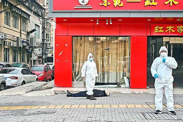 A un año de su aparición en Wuhan: cómo un virus cambió el mundo